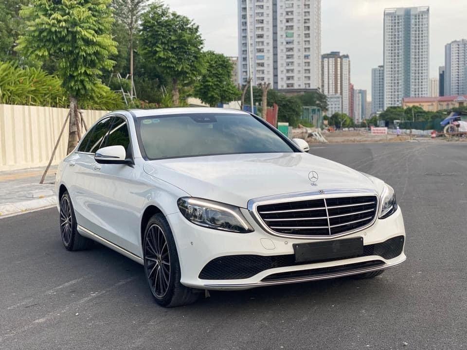Bán Mercedes C200 Exclusive sx 2019 (6)