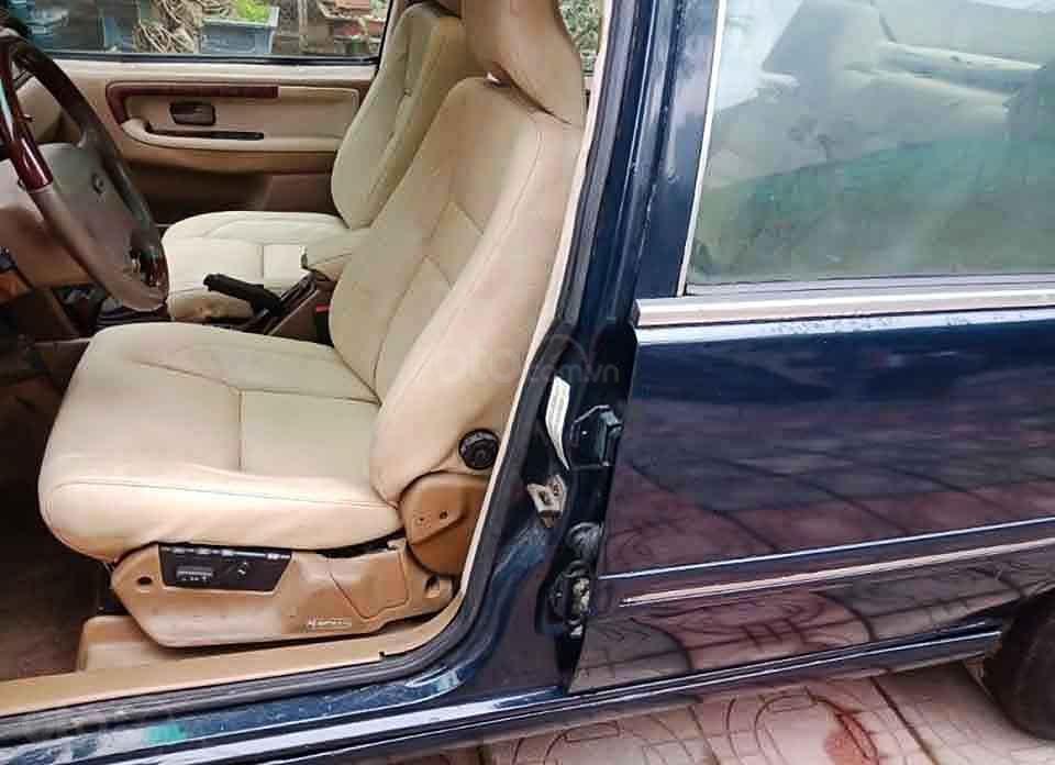 Cần bán xe Volvo 940 năm sản xuất 1994, màu đen, nhập khẩu nguyên chiếc xe gia đình, giá tốt (4)