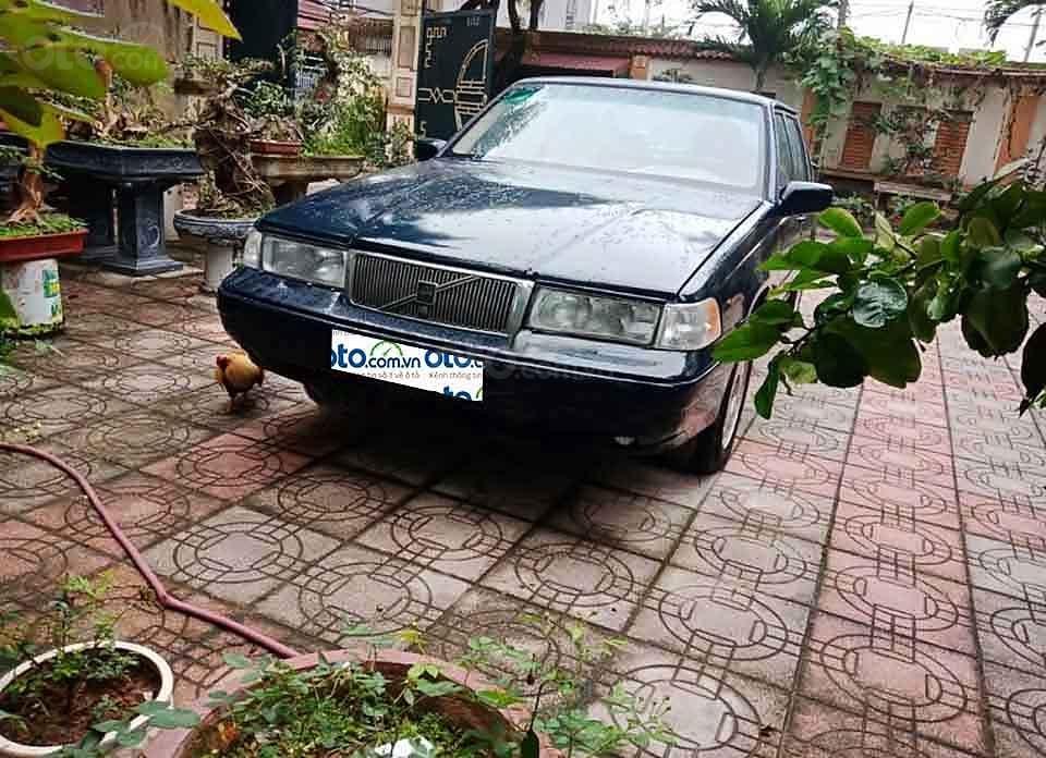 Cần bán xe Volvo 940 năm sản xuất 1994, màu đen, nhập khẩu nguyên chiếc xe gia đình, giá tốt (2)