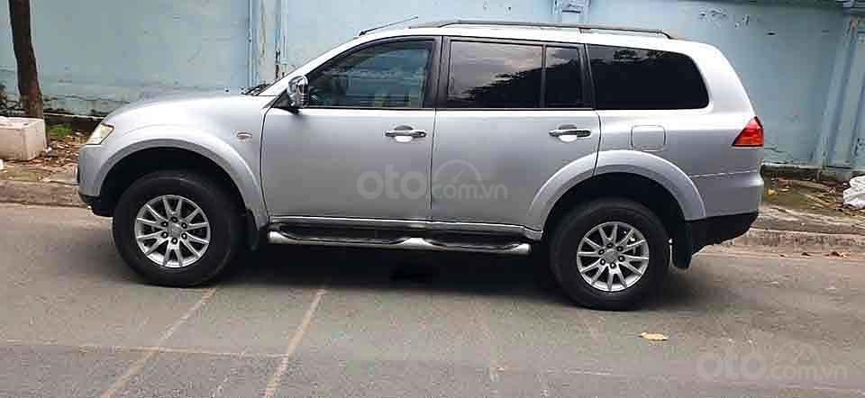 Bán Mitsubishi Pajero Sport năm sản xuất 2011, màu bạc   (1)