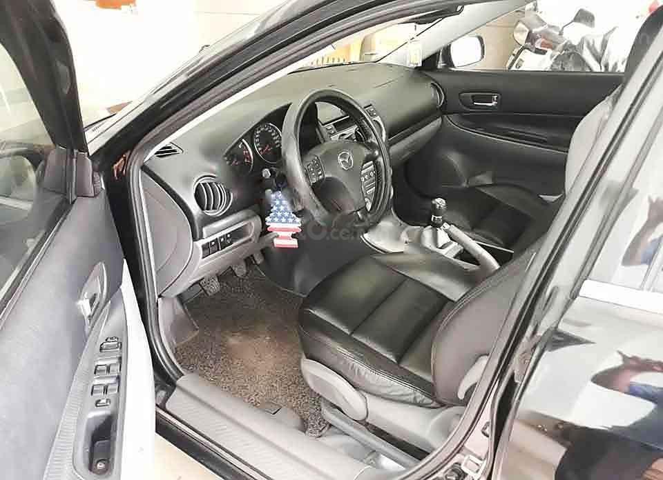 Bán Mazda 6 năm sản xuất 2005, màu đen xe gia đình giá cạnh tranh (3)