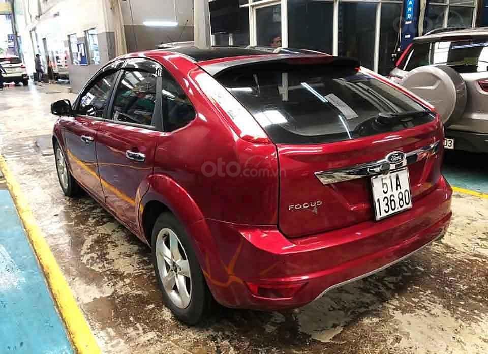 Cần bán lại xe Ford Focus năm sản xuất 2011, màu đỏ còn mới, 340 triệu (4)