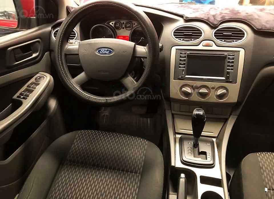 Cần bán lại xe Ford Focus năm sản xuất 2011, màu đỏ còn mới, 340 triệu (3)