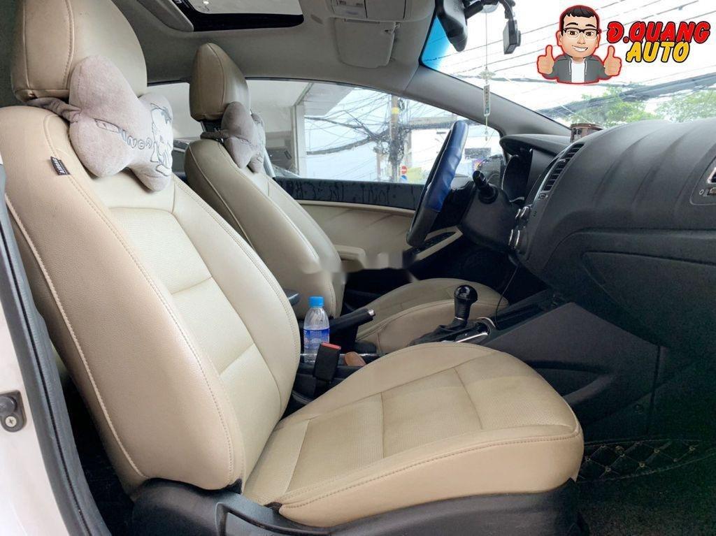 Cần bán lại xe Kia Cerato đời 2017, màu trắng (6)