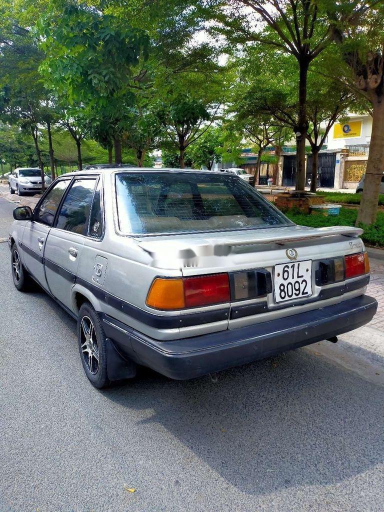 Bán Toyota Corona đời 2000, màu bạc, nhập khẩu nguyên chiếc (2)