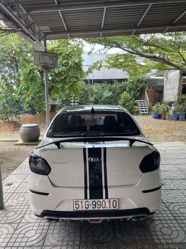 Cần bán gấp Kia Soluto năm sản xuất 2019, màu trắng, số sàn (5)