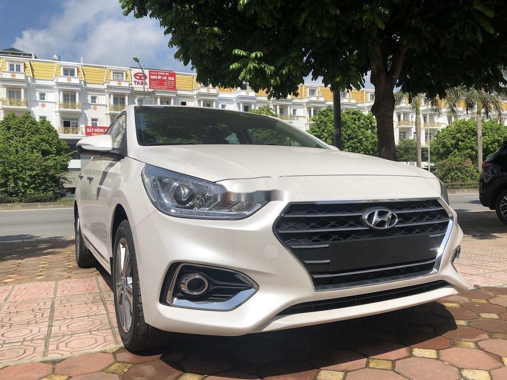Cần bán xe Hyundai Accent đời 2020, màu trắng (2)