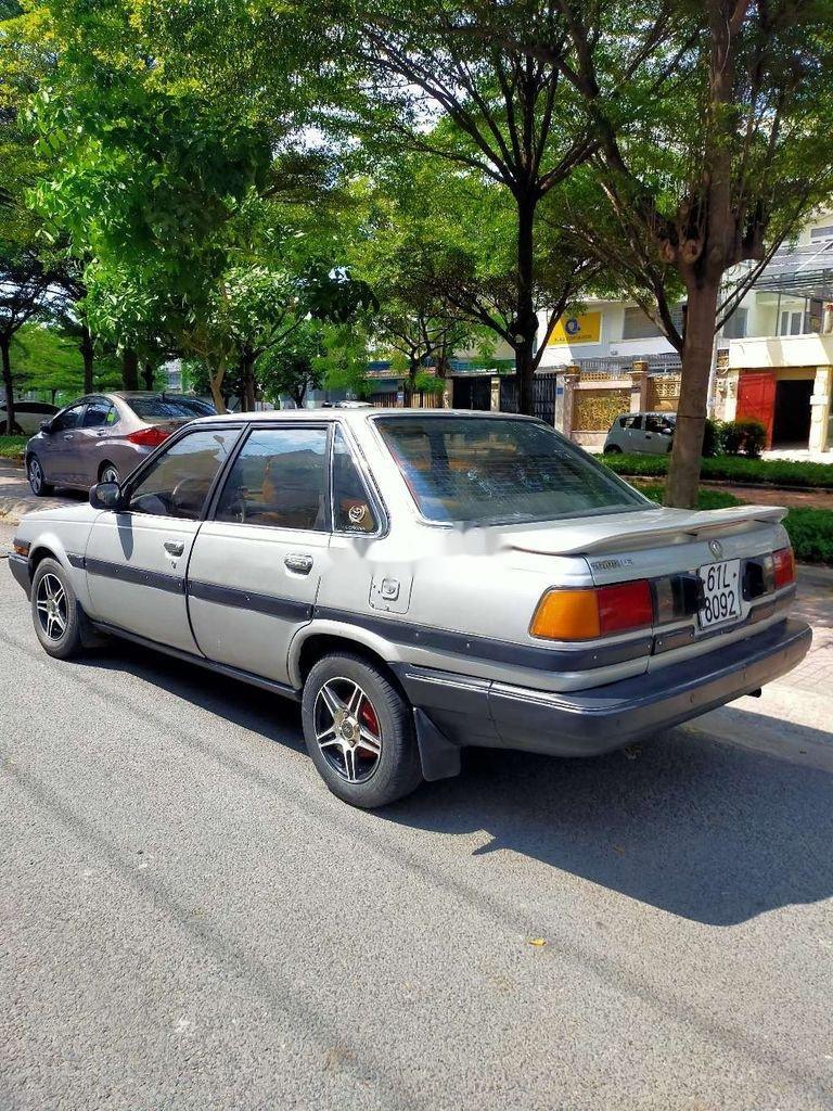 Bán Toyota Corona đời 2000, màu bạc, nhập khẩu nguyên chiếc (7)