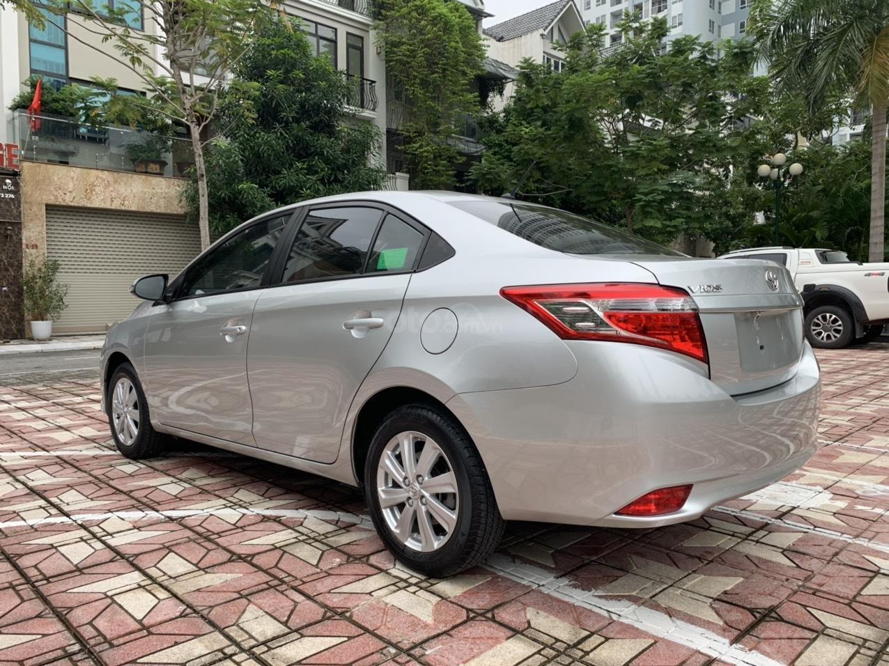 Bán xe Toyota Vios đời 2018, màu bạc (9)