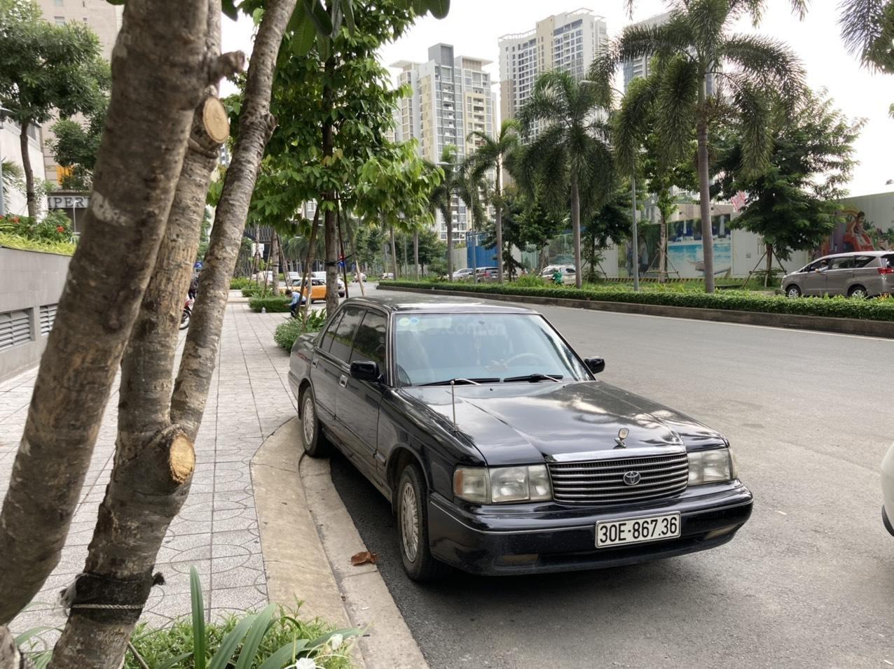 Bán xe Toyota Crown I6 3.0 đời 94 (1)