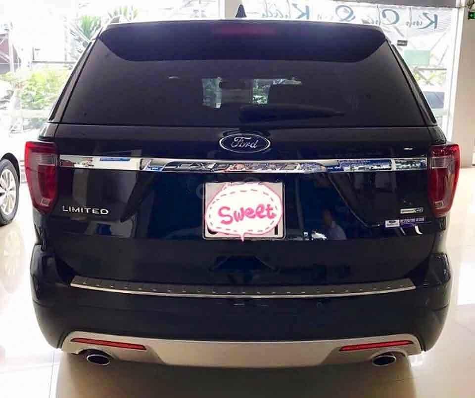 Bán Ford Explorer năm sản xuất 2017, màu đen, xe nhập (2)