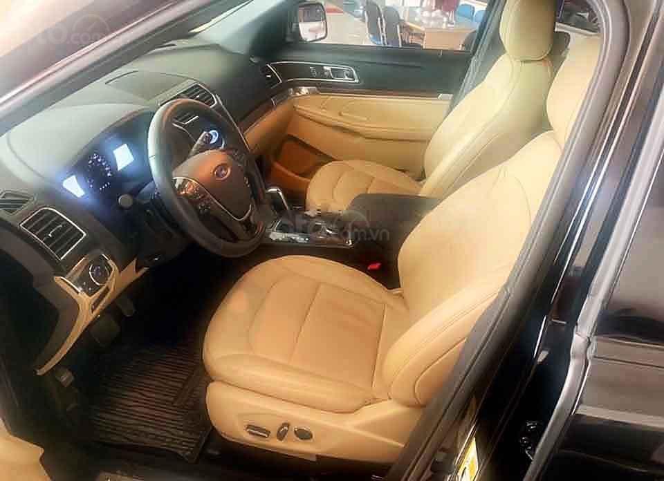 Bán Ford Explorer năm sản xuất 2017, màu đen, xe nhập (5)