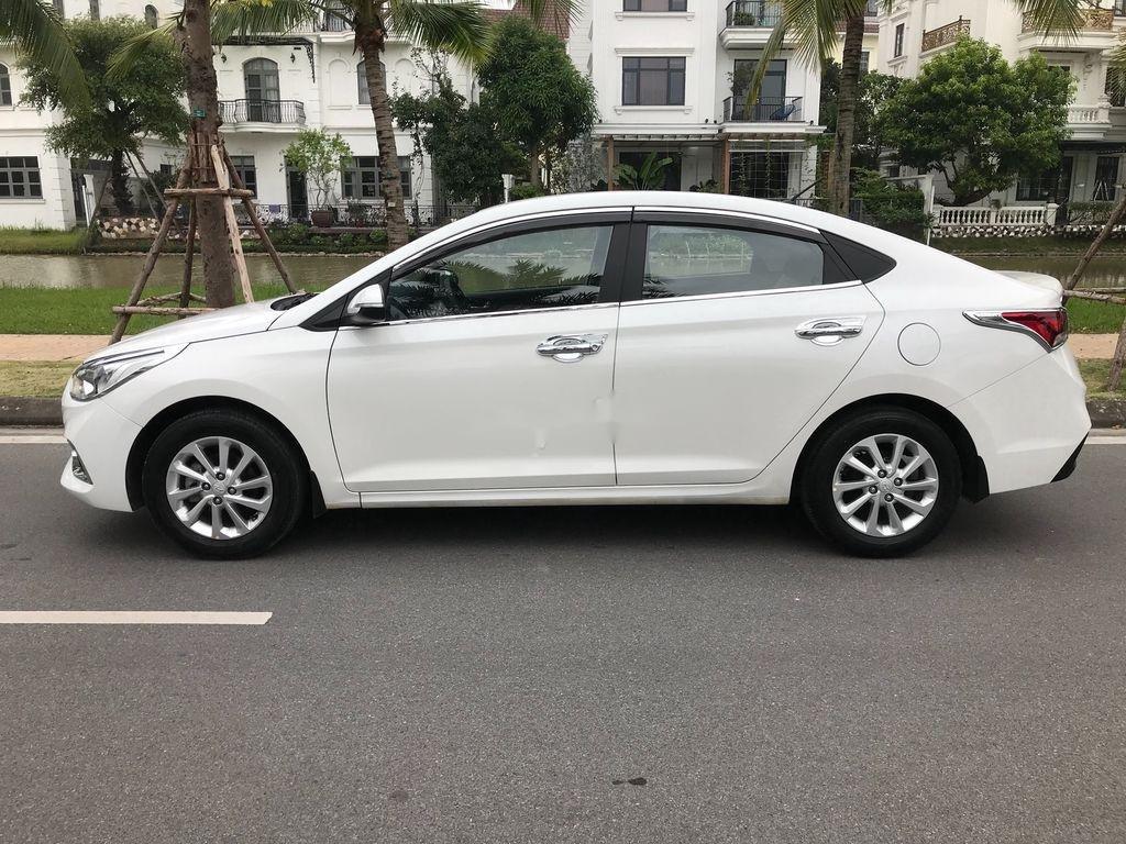 Bán xe Hyundai Accent sản xuất năm 2019, màu trắng, giá chỉ 390 triệu (4)