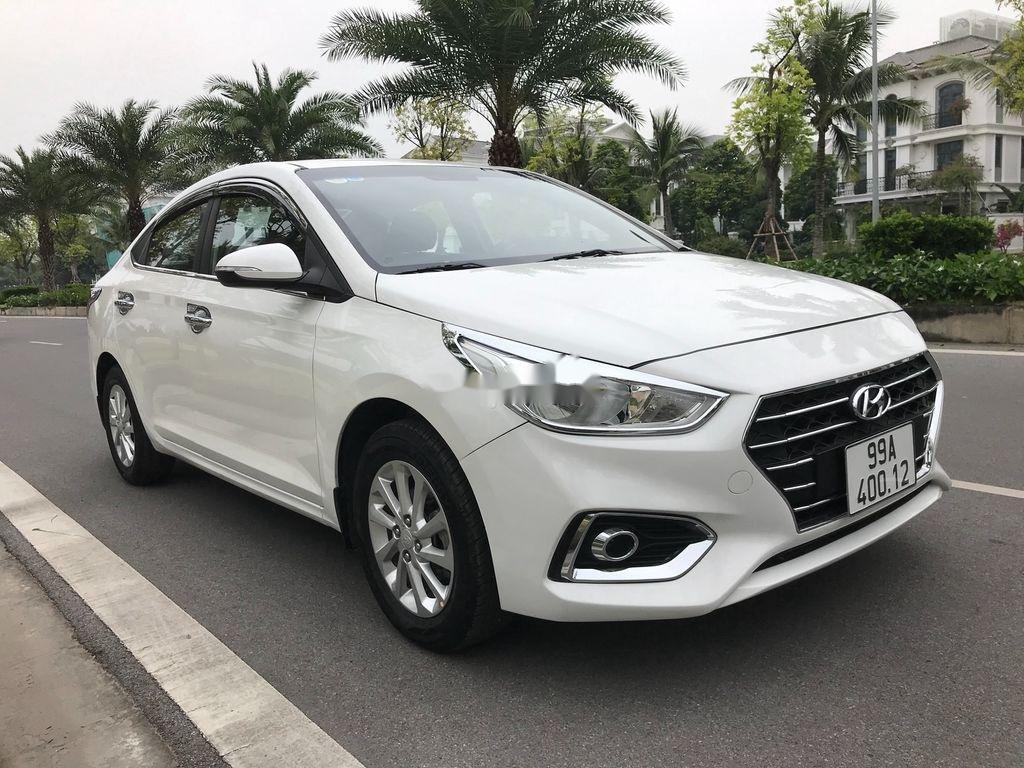 Bán xe Hyundai Accent sản xuất năm 2019, màu trắng, giá chỉ 390 triệu (2)