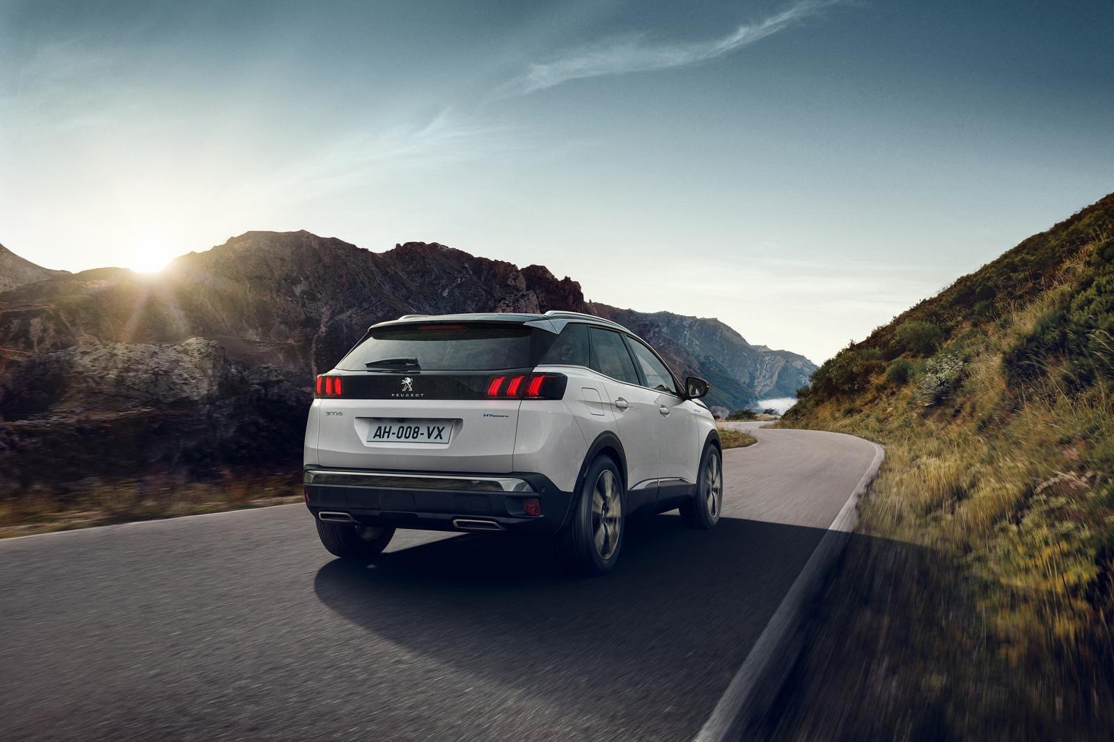 Đánh giá xe Peugeot 3008 2021 về cảm giác lái
