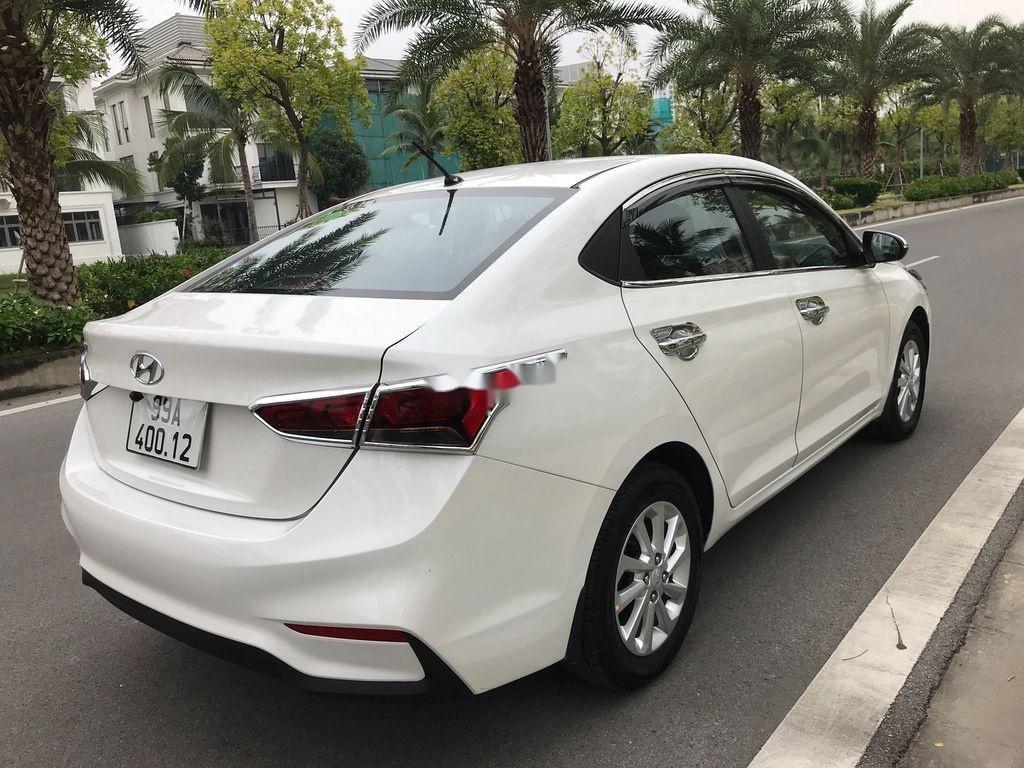 Bán xe Hyundai Accent sản xuất năm 2019, màu trắng, giá chỉ 390 triệu (6)