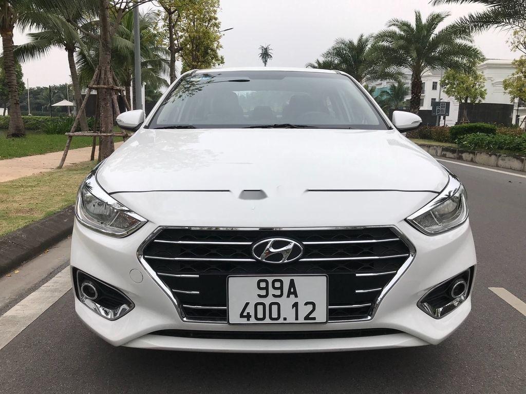 Bán xe Hyundai Accent sản xuất năm 2019, màu trắng, giá chỉ 390 triệu (1)