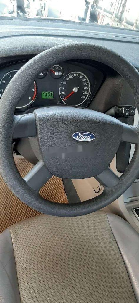 Nhà bán Ford Focus 2009, màu đen (5)