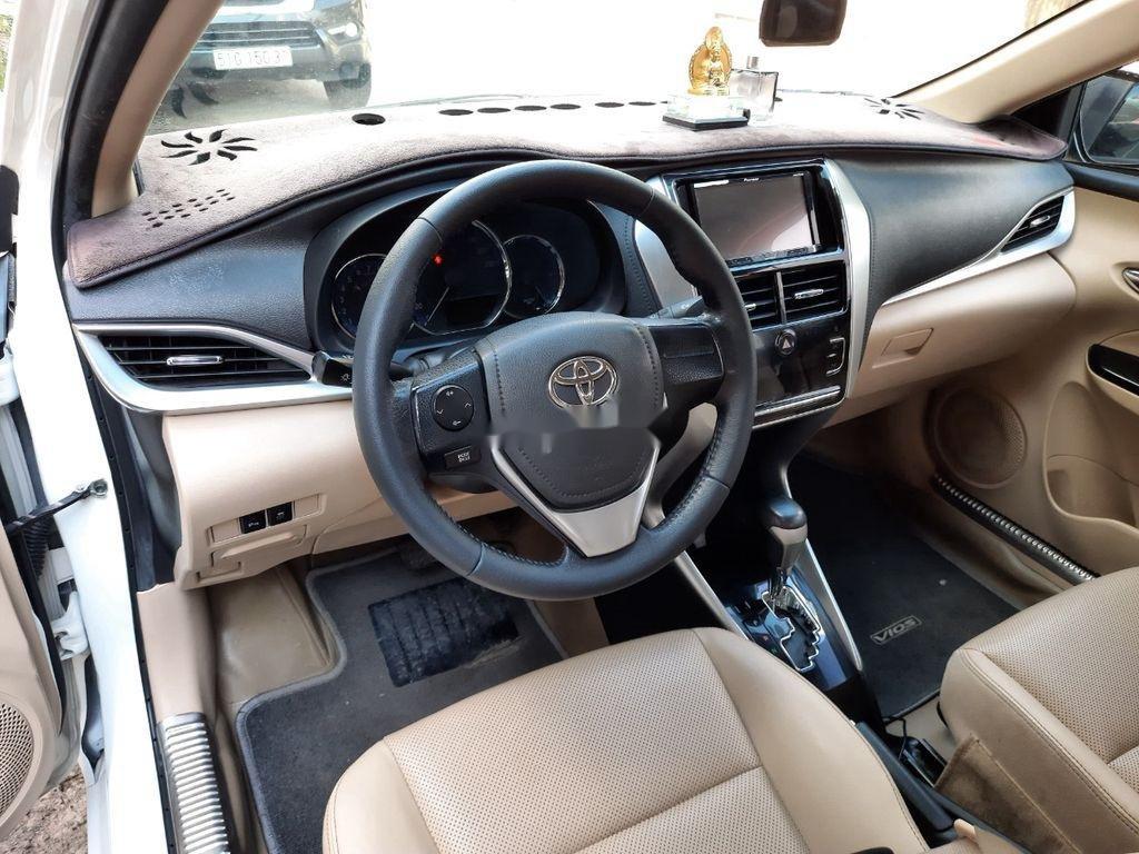 Cần bán xe Toyota Vios năm 2018, màu trắng (3)