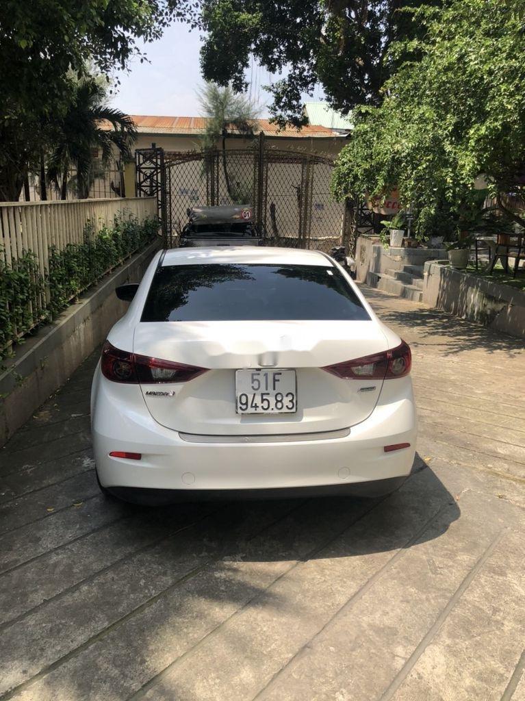 Bán Mazda 3 sản xuất 2016, màu trắng như mới, giá 515tr (4)