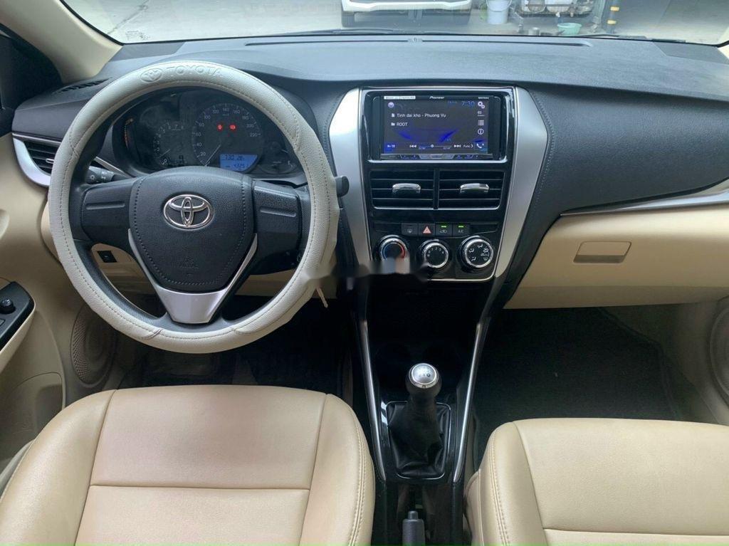 Cần bán Toyota Vios năm 2018 còn mới, 415tr (5)
