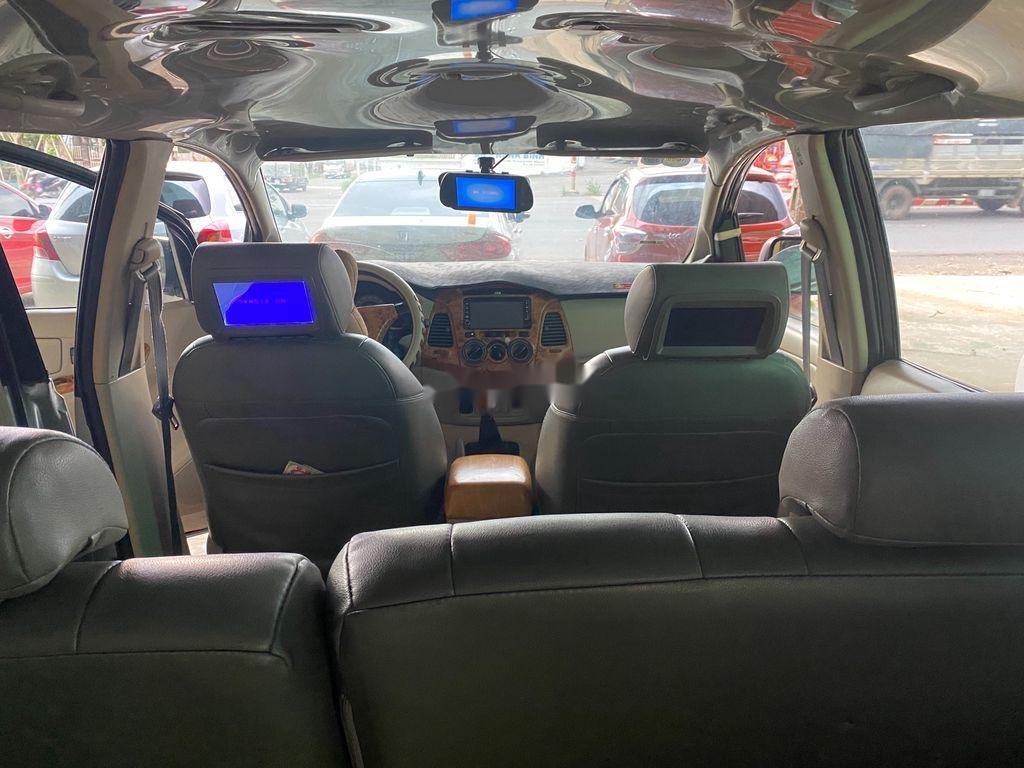 Bán ô tô Toyota Innova năm sản xuất 2006, màu bạc số sàn, giá chỉ 189 triệu (7)