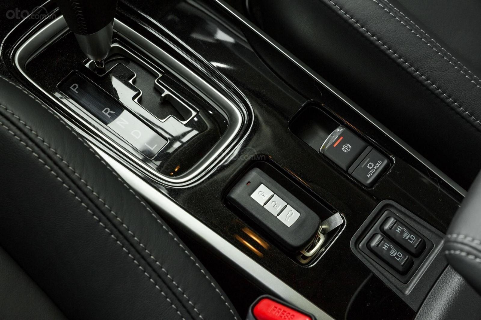 Mitsubishi Outlander CVT ALL New 2021 giá tốt, giao ngay (7)
