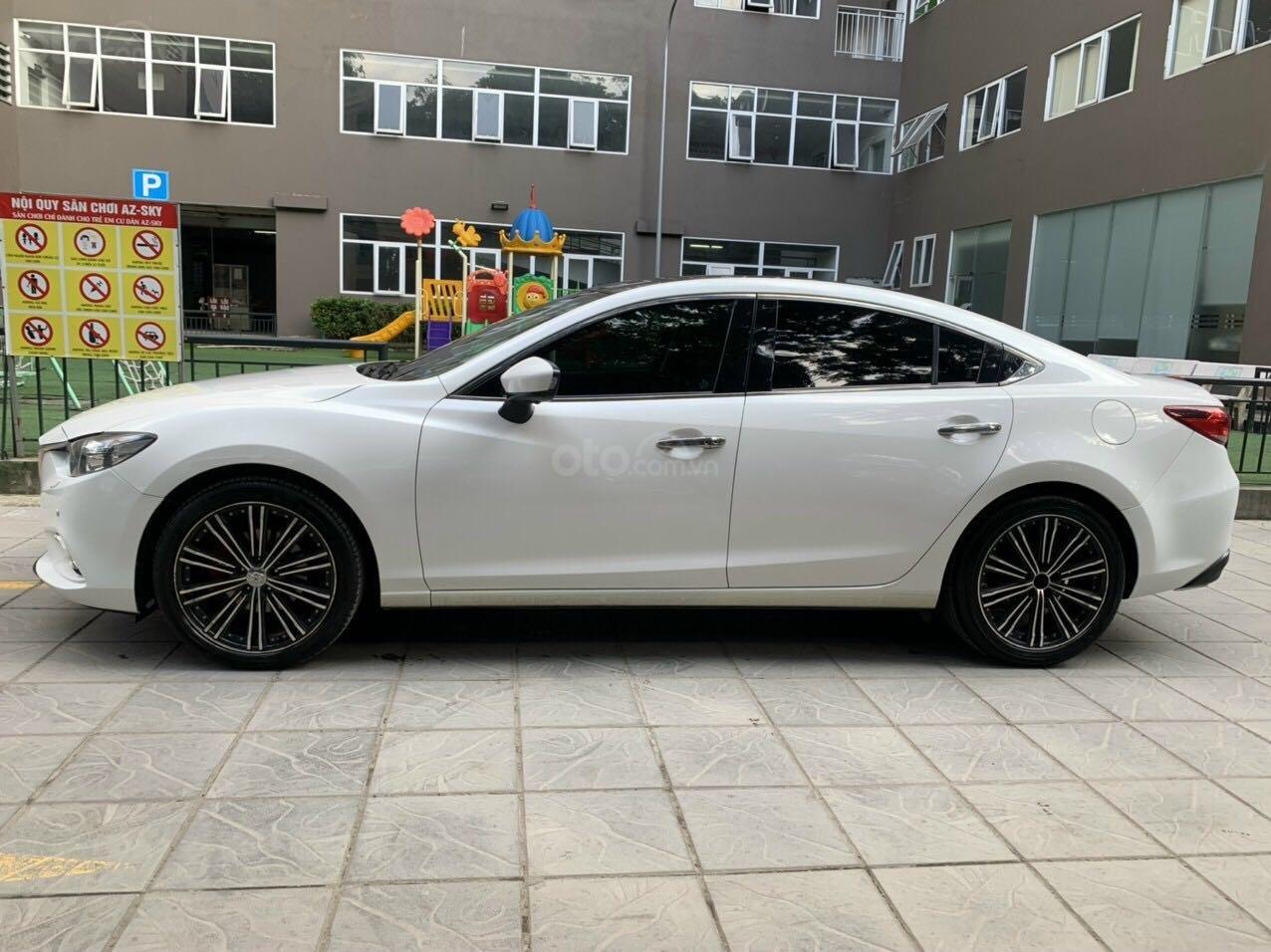 Cần bán Mazda 6 Premium SX 2016 AT, màu trắng, máy nguyên, tư nhân chính chủ (2)