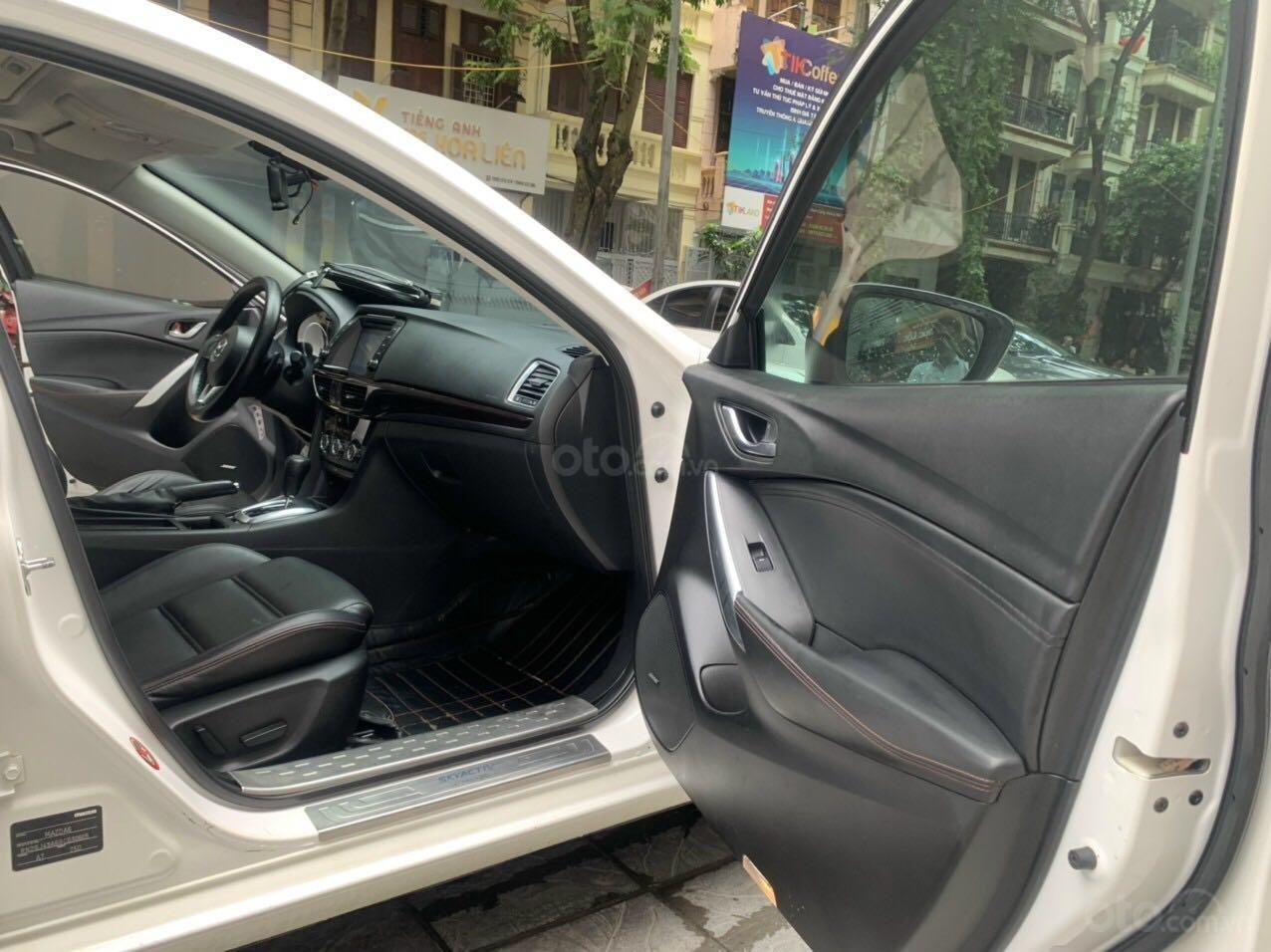 Cần bán Mazda 6 Premium SX 2016 AT, màu trắng, máy nguyên, tư nhân chính chủ (11)
