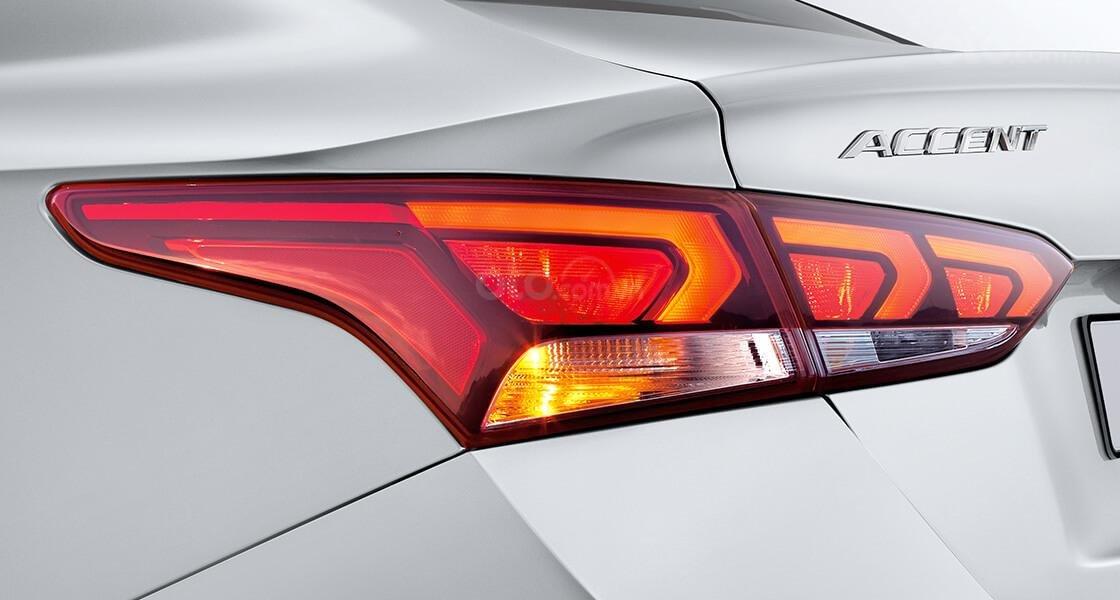 Bán Hyundai Accent AT đặc biệt 2020 (4)