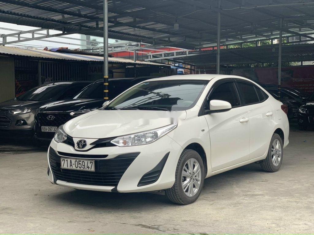 Cần bán Toyota Vios năm 2018 còn mới, 415tr (1)