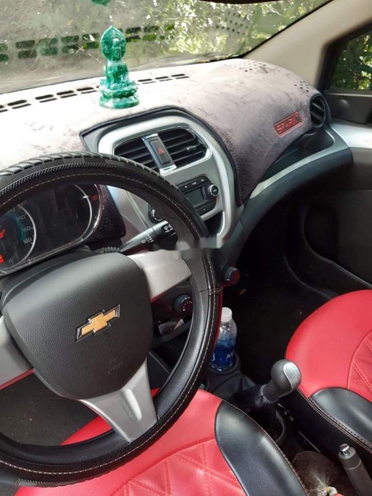 Cần bán lại xe Chevrolet Spark năm 2018 còn mới (7)