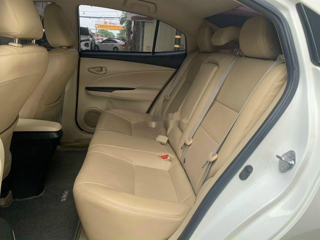 Cần bán Toyota Vios năm 2018 còn mới, 415tr (8)