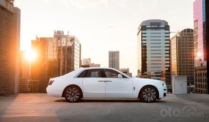 Bán xe Rolls Royce Ghost model 2021, màu trắng (1)