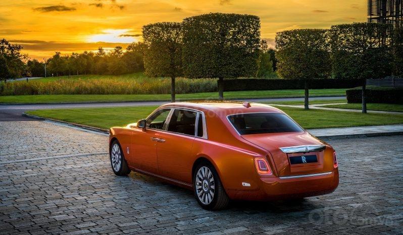 Rolls Royce Phantom VIII 2020, màu cam (3)