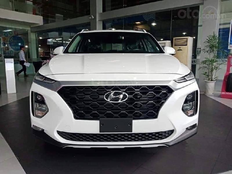 Hyundai Santafe 2020 2.4 máy xăng cao cấp, giảm 50% thuế trước bạ, giảm 40tr tiền mặt, quà tặng phụ kiện 15 tr (1)