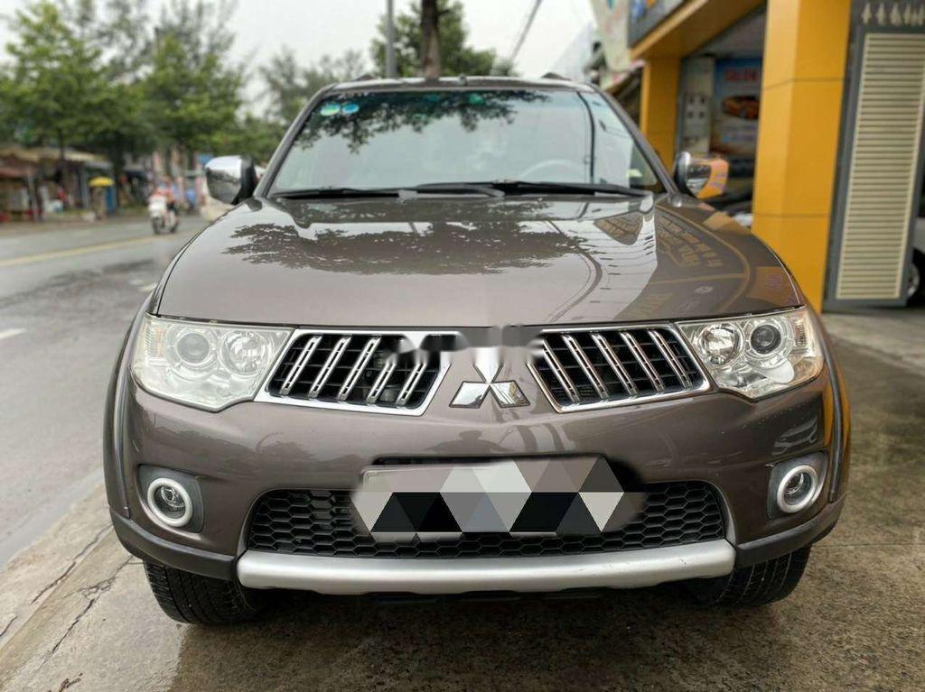 Bán nhanh với giá thấp chiếc Mitsubishi Pajero Sport 2011 số tự động (1)