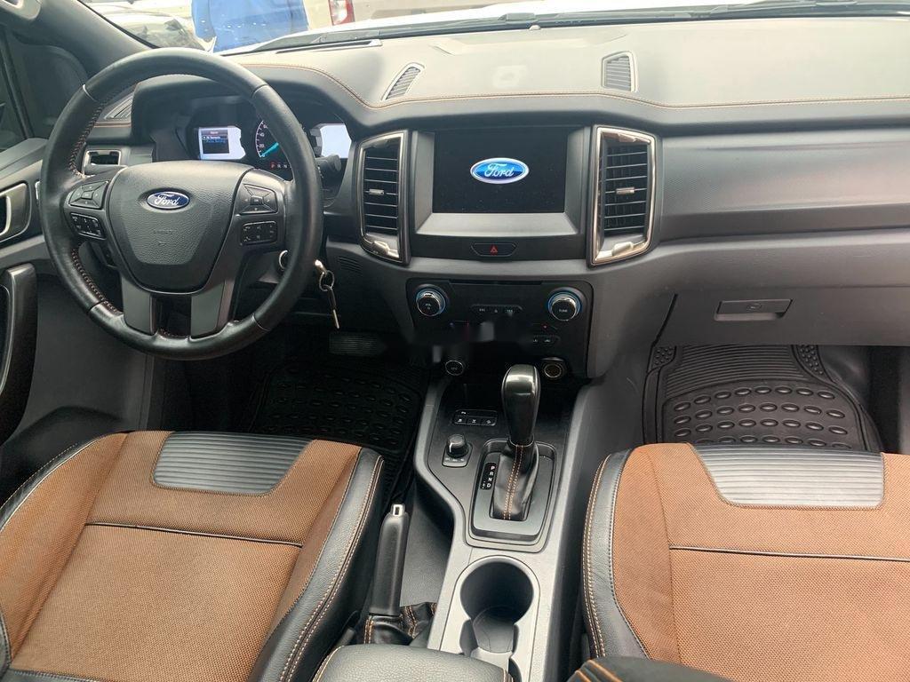 Bán Ford Ranger Wildtrak 3.2 đời 2016, đăng kí 3/2017, màu trắng, nhập khẩu  (7)