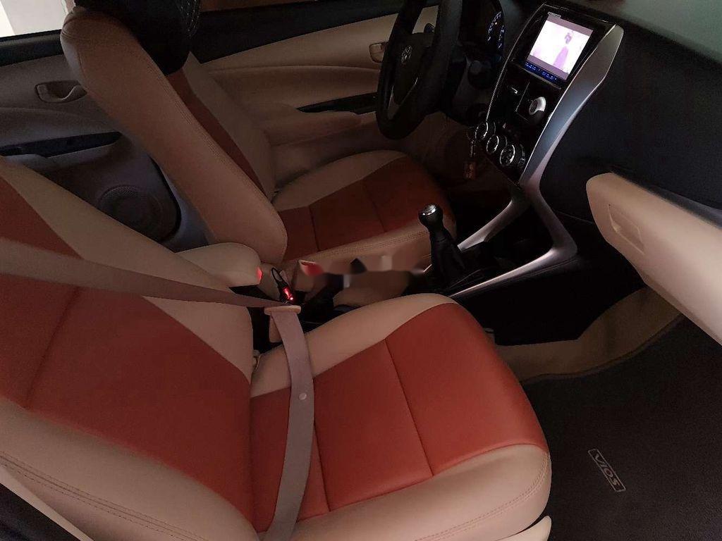 Cần bán lại xe Toyota Vios sản xuất năm 2018, xe chính chủ giá thấp (4)