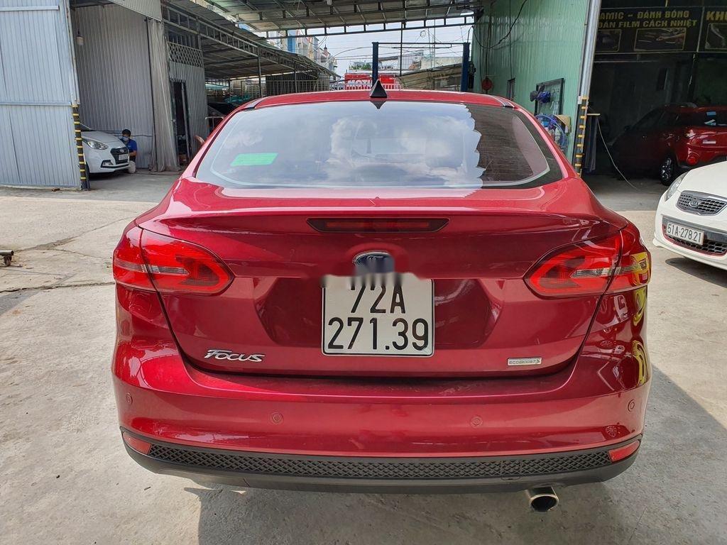 Cần bán gấp Ford Focus năm 2018, xe chính chủ giá mềm (11)