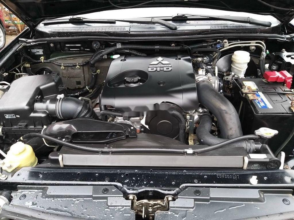 Bán gấp chiếc Mitsubishi Pajero Sport 2014 số sàn, 1 cầu máy dầu (8)