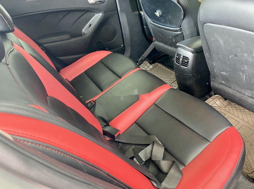 Cần bán lại xe Kia K3 năm sản xuất 2015 còn mới (9)