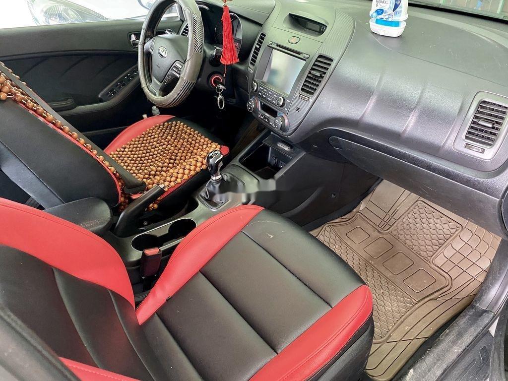 Cần bán lại xe Kia K3 năm sản xuất 2015 còn mới (8)