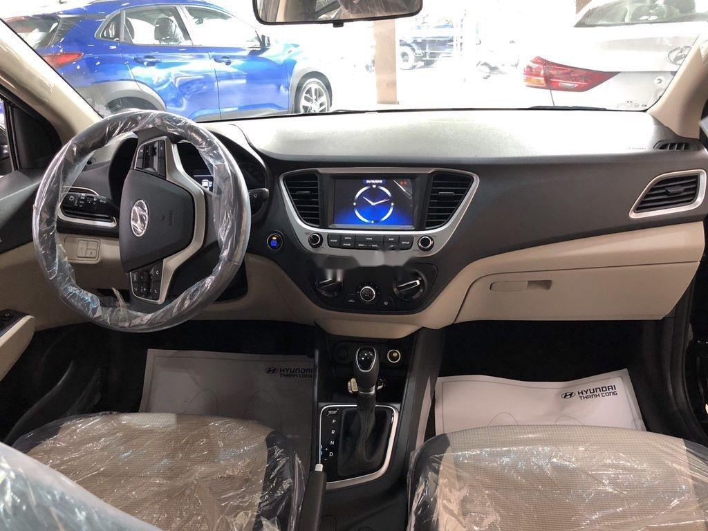 Cần bán xe Hyundai Accent MT năm sản xuất 2020, giá thấp, giao nhanh  (3)