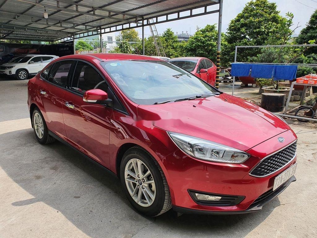Cần bán gấp Ford Focus năm 2018, xe chính chủ giá mềm (10)