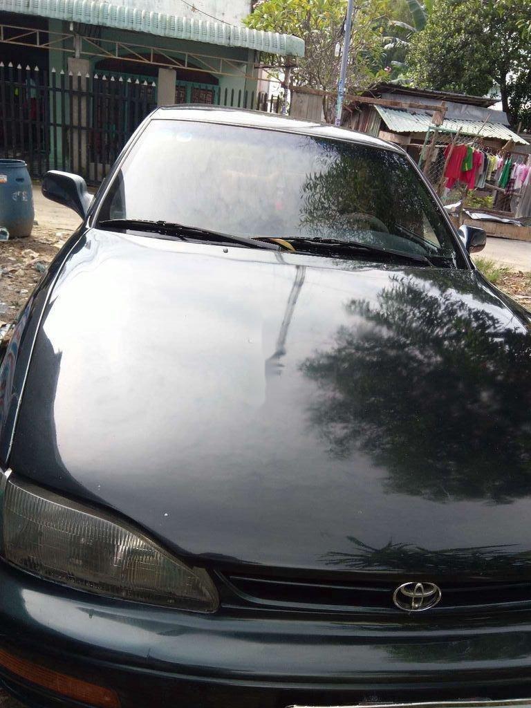 Bán xe cũ Toyota Camry sản xuất 1995, xe nhập (1)