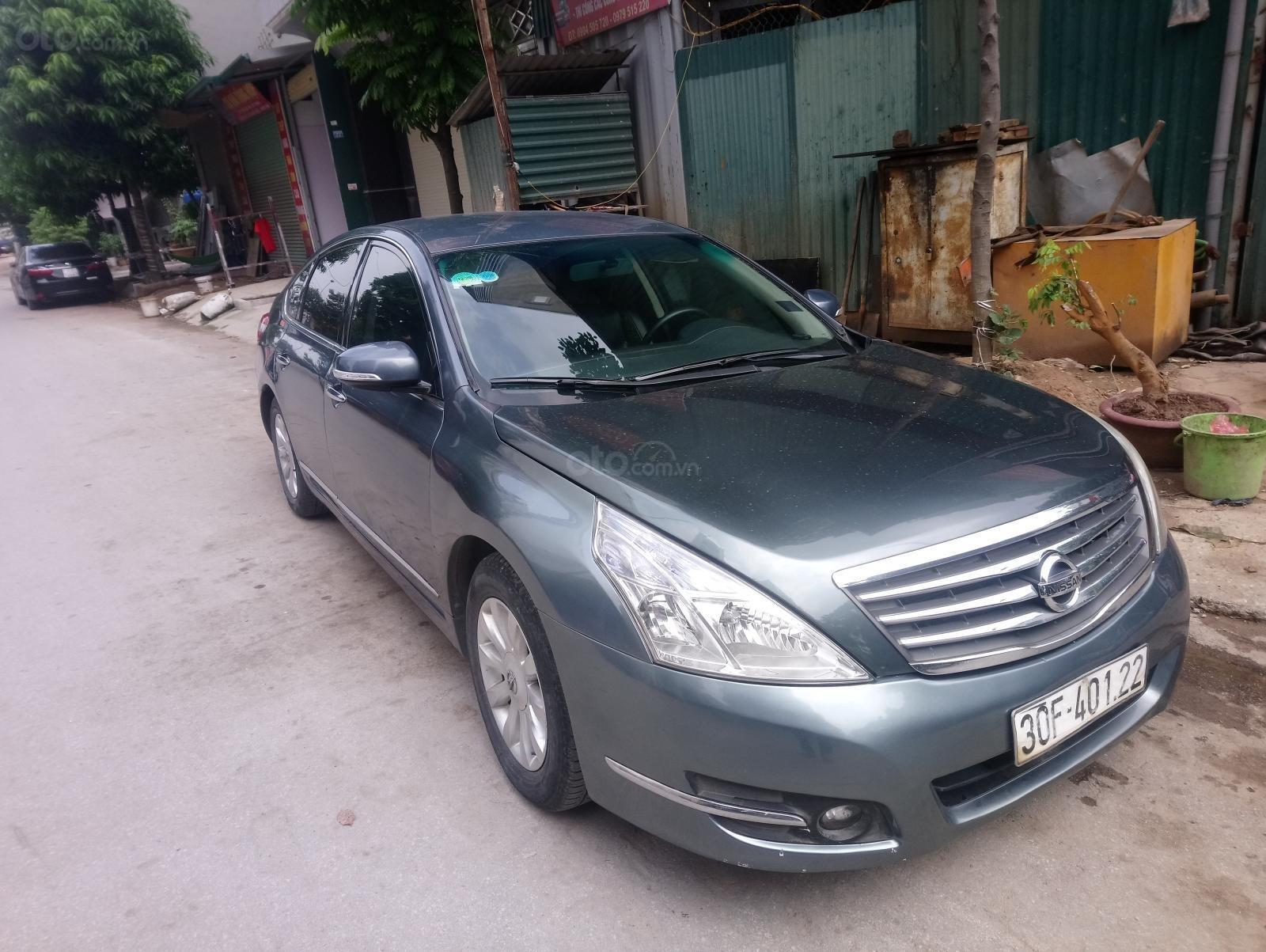 Chính chủ bán xe Nissan Teana 2.0 2010 giá cạnh tranh, xe rất mới (3)