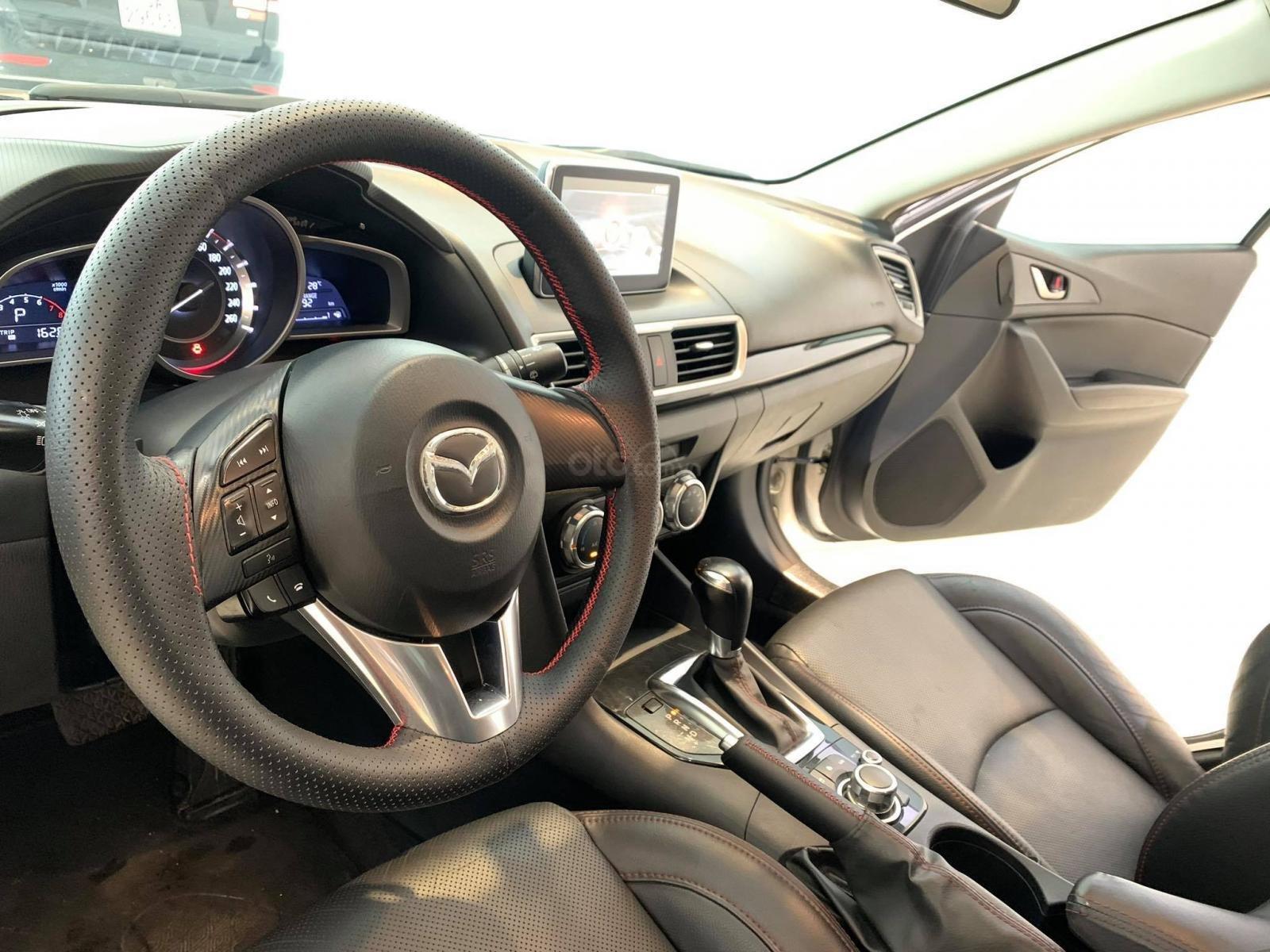 Bán nhanh với giá ưu đãi nhất chiếc Mazda 3 1.5AT sản xuất năm 2015, xe còn mới (6)