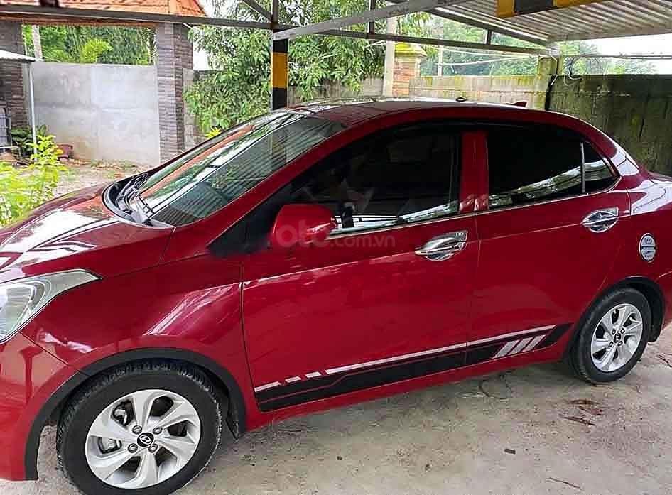 Cần bán Hyundai Grand i10 năm sản xuất 2019, màu đỏ còn mới (3)