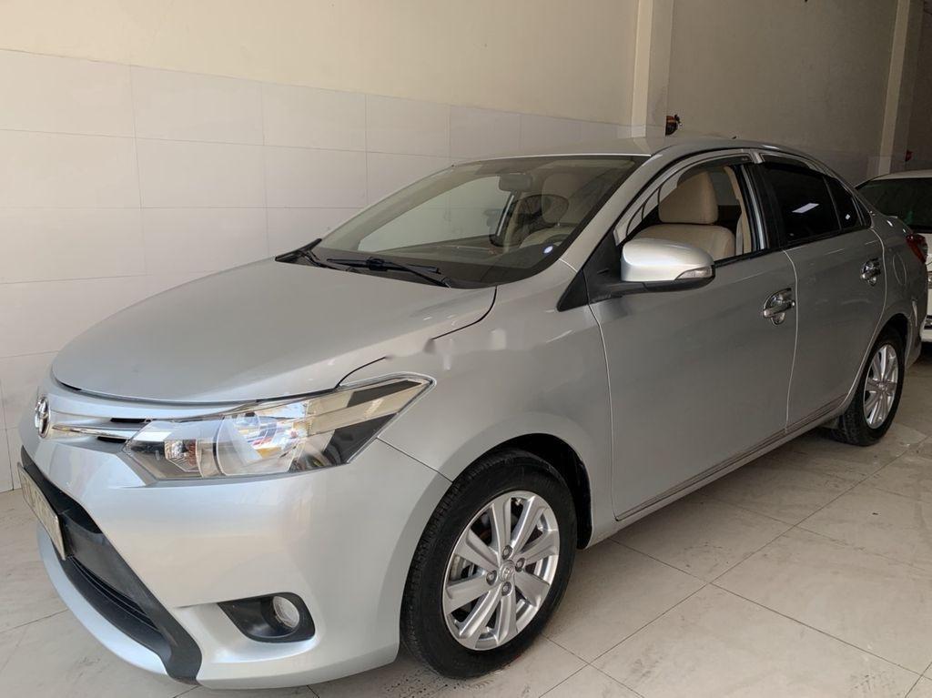Cần bán xe Toyota Vios sản xuất 2015, màu bạc số sàn, 318tr (4)